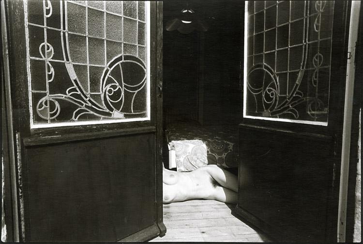 Contemporary works michel pinel bain de soleil bath for Lit bain de soleil pliable
