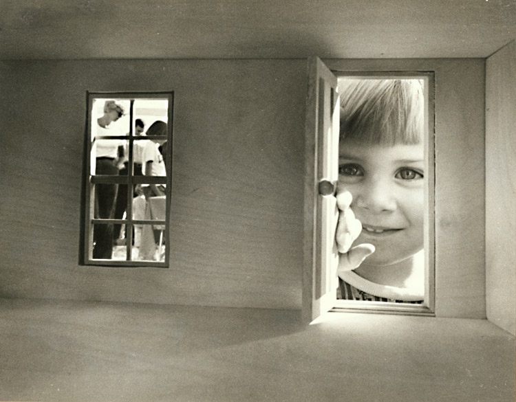 """House Of Used >> Contemporary Works 